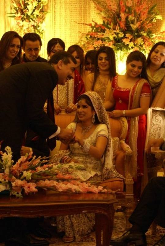 Benazir Bhuttos Daughters Wedding Your Fun And Soul